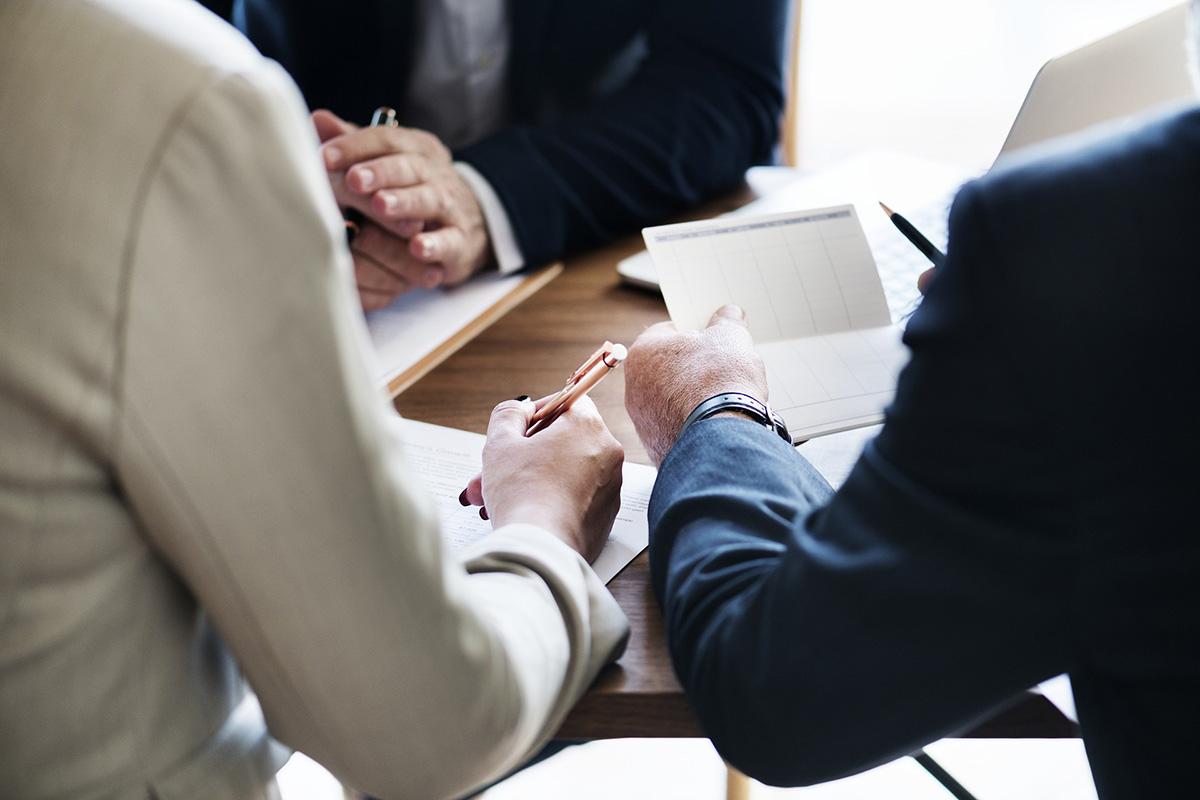 金融機関の審査はどのように行われているか #専門家コラム