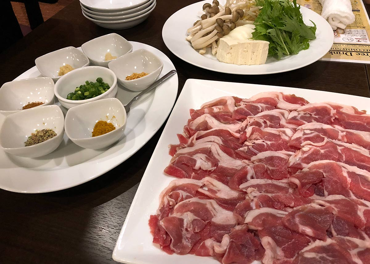 新宿西口でラムしゃぶを楽しめるラム肉専門店「羊美亭」がOPEN【2018年7月】