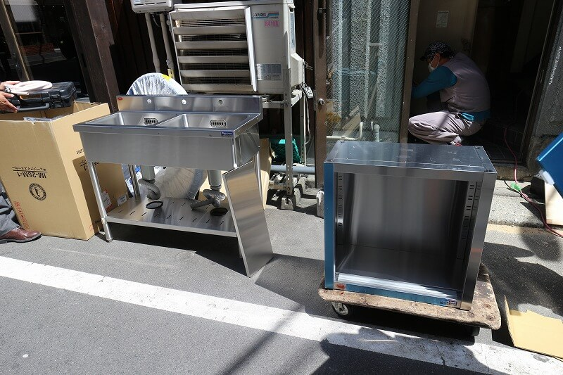 厨房設備の準備方法と費用について
