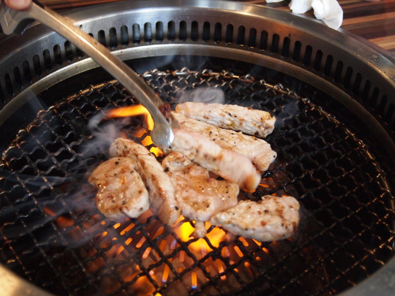 焼肉・ホルモンとんりのお肉