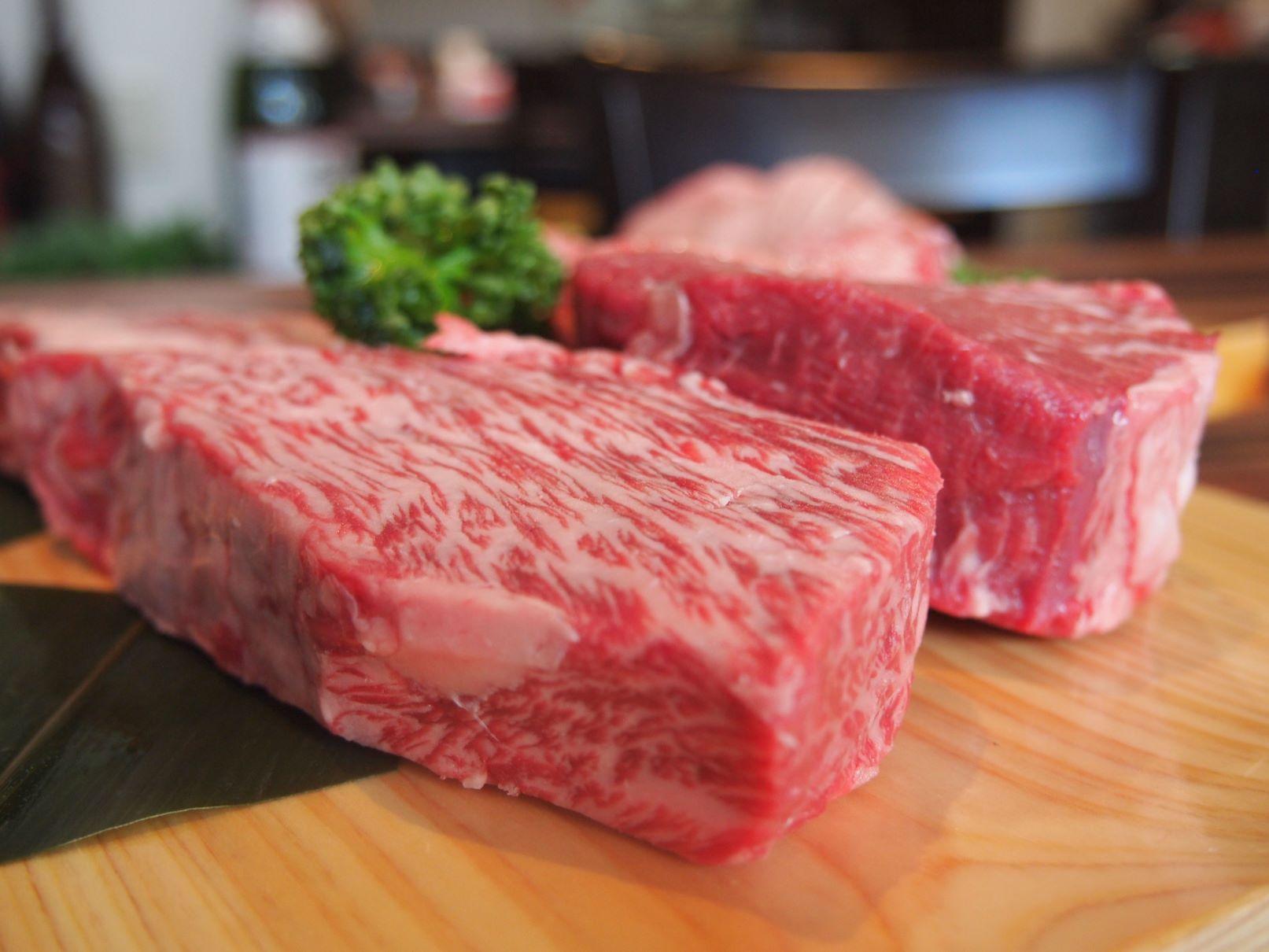 とんりの肉