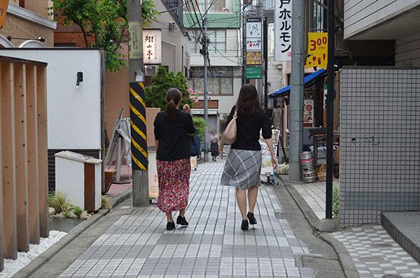 神楽坂(新宿区)で居抜きで飲食店を開業するための街情報