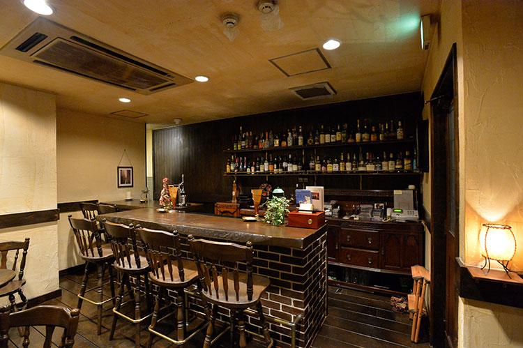 偶然みつけた空き物件で、7店舗目の増店を決意!西荻窪で高級バー開店