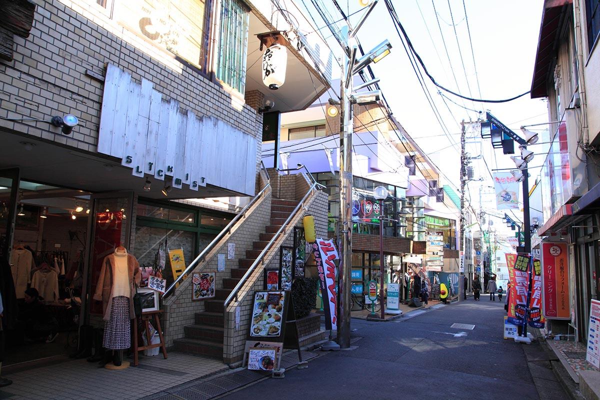 下北沢(世田谷区)で居抜きで飲食店を開業するための街情報