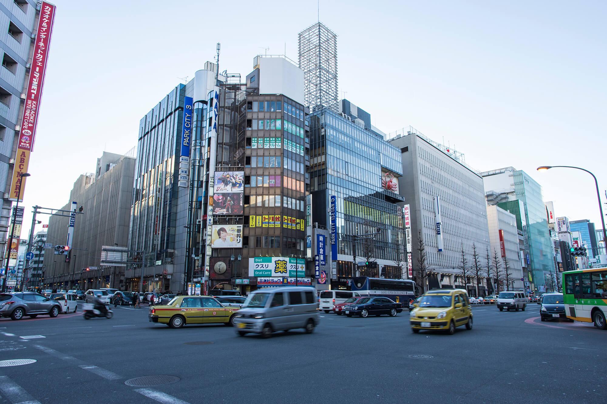 新宿(新宿区)で居抜きで飲食店を開業するための街情報